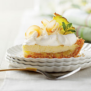 Piña Colada Icebox Pie