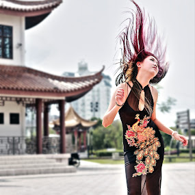 Michelle Kuan by Sunny Wong - People Portraits of Women