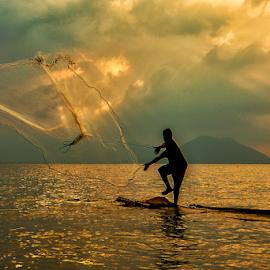 nelayan by Doeh Namaku - People Portraits of Men
