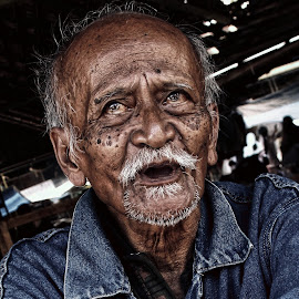 by Ismanto Lungsi - People Portraits of Men