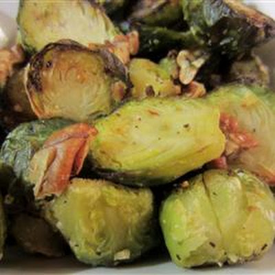 Roasted Brussels Sprouts with Pecans