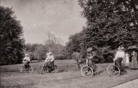 Ladies bicycle race, possibly Moydrum Castle, Athlone, Co. Westmeath, 1898. (ALB 44).