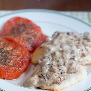 Sausage Gravy and Biscuits with Tomatoes