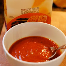 Simple Tomato Basil Quinoa Soup