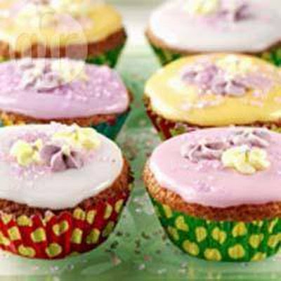 Iced Easter fairy cakes