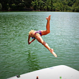 by Julie Sampson Sell - Sports & Fitness Swimming