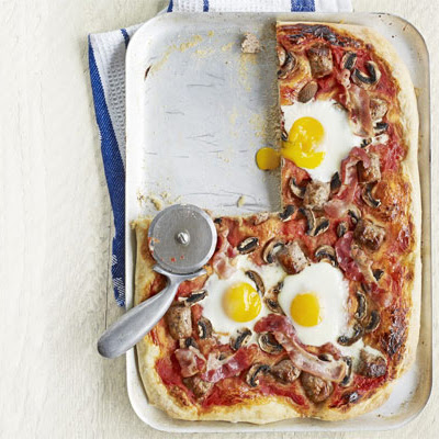 Full English pizza