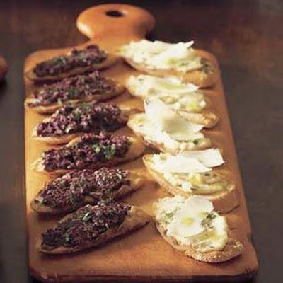 Crostini with White Bean Puree