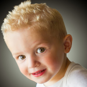 by Rob Giannese - Babies & Children Child Portraits