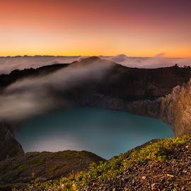 :: masih berkabut :: by Eddy Due Woi - Landscapes Sunsets & Sunrises