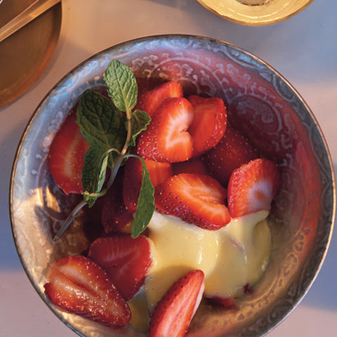 Strawberry Sundaes With Prosecco Sabayon Recipes — Dishmaps