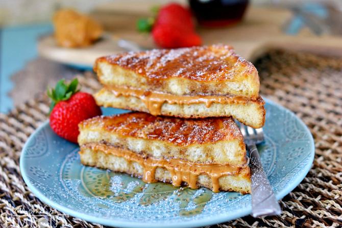 Peanut Butter Stuffed French Toast Recipe | Yummly