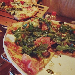 their gluten-free pizza (Padre - with ricotta cheese, proscuitto, figs, and arugula) compared to the