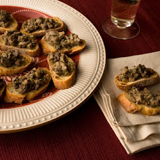 Crostini di Fegatini (Chicken Liver Crostini) Recipe