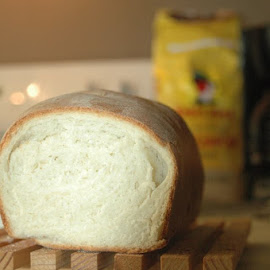 Bread 2 by Laurie Voyer - Food & Drink Cooking & Baking ( bakery, food, bread, food photography, cooking )