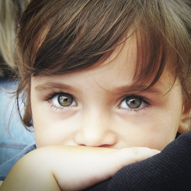 Oчи су огледало душе by Милош Болић - Babies & Children Child Portraits ( child, oci, green, zeleno, soul, deca, portrait, eyes )