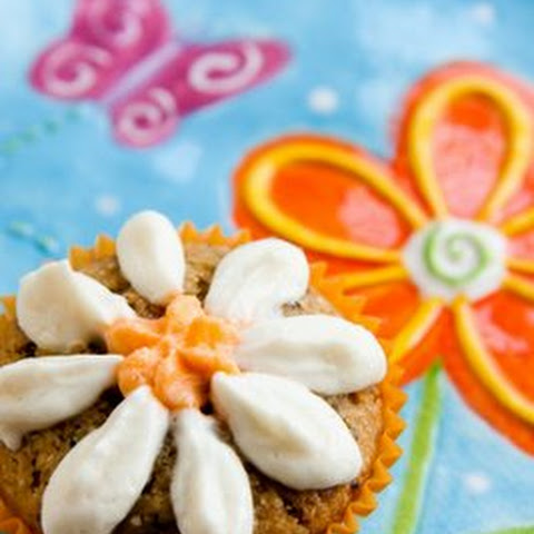 Cornmeal Cupcakes with Orange Flavor and Grand Marnier Whipped Cream