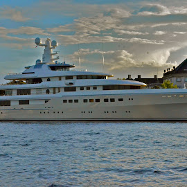 Yacht in Copenhagen visiting the Queen by Tyrell Heaton - News & Events Politics ( boats, yacht, copenhage, denmark )