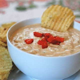 Roasted Red Pepper and Spinach Dip