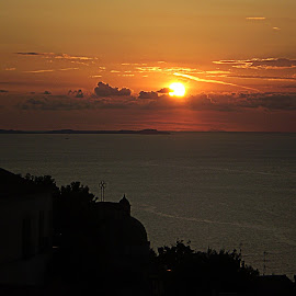 Sorrento Sunset by Sue Matsunaga - Novices Only Landscapes