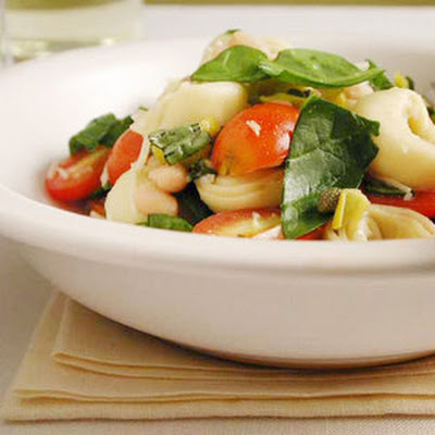 Cheese Tortellini Pasta Salad with Basil & Tomatoes