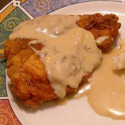 American-Style Fried Chicken with White Gravy