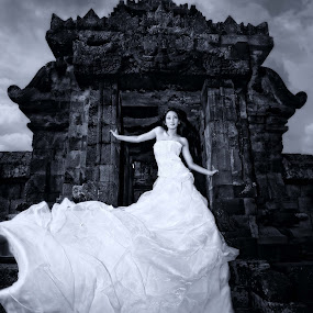 princes of palaosan by Anugrah Fajar - Black & White Portraits & People