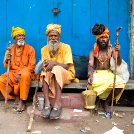 Varanasi by Diego Scaglione - People Portraits of Men ( sitting, ground, door, people, colours,  )