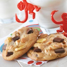 Crunchy Monkey NESTLE® TOLL HOUSE® Cookies