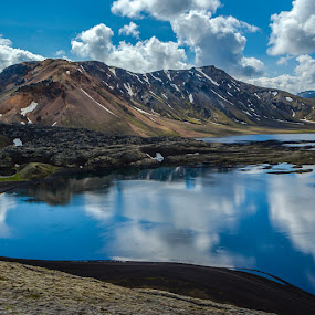Frostastaðavatn lake by Páll Jökull Pétursson - Landscapes Mountains & Hills ( suðurland, 2014, náttúra, hálendið, canon eos 5d mkii, lake, south iceland, highland, iceland, mountains, landmannalaugar, frostastaðavatn, nature, summer )