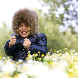 The joy of spring 3 by Aydın Kurhan - Babies & Children Children Candids ( joy, children, son, flowers, spring )