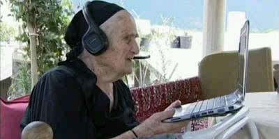 Orang Paling Kuat di Dunia Nenek Paling Gaul di Dunia