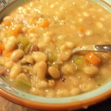 Old-Fashioned Bean Soup