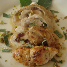 Stuffed Chicken Breast with Figs and Pistachios Vinaigrette - Pollo farcíto com fichi e pistacchi