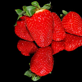 nice strawberry by LADOCKi Elvira - Food & Drink Fruits & Vegetables ( red )