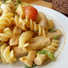 Chicken Pasta Salad in Creamy Curry Dressing