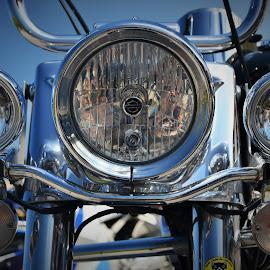 Olho no Olho by Tacito Alexandro - Transportation Motorcycles ( farol )
