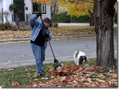 buckingham gail raking leaves2