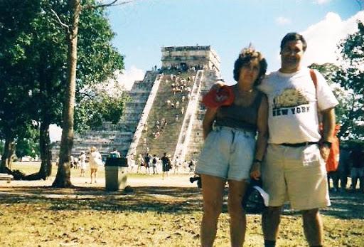 piramide El Castillo, kukulcan,  chichen itza, peninsula yucatan,caribe, mexico, vuelta al mundo, Asun y Ricardo, round the world, informacion viajes, consejos, fotos, guia, diario, excursiones