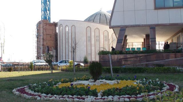 نمايي از مسجد در حال ساخت دانشگاه آزاد اسلامي ساري