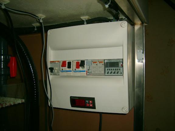 un refroidissement automatis et r gul par ventilateurs pour pas trop cher. Black Bedroom Furniture Sets. Home Design Ideas