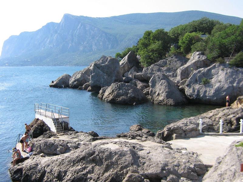 Крым, бухта Ласпи, пансионат Изумруд