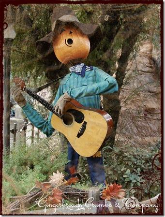 disney-scarecrow-2