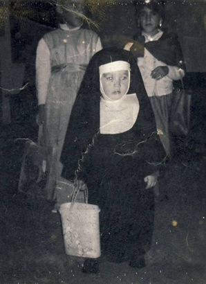 Nun costume