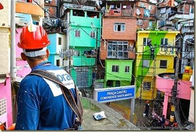 Repeindre les favela, Santa Marta, Brésil-2