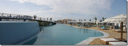 pool panorama_0773 Panorama (1280x453)