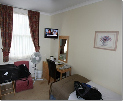Copy of london hotel room 69956 (1024x838)