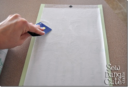 Smooth-out-contact-paper-on-Silhouette-sheet