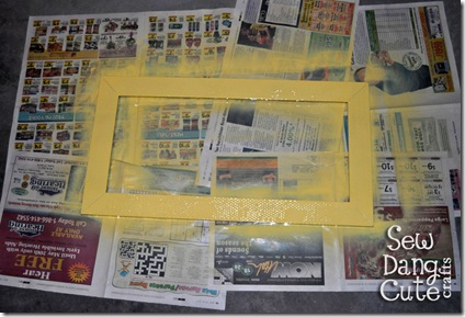 Spraypaint-frame-yellow