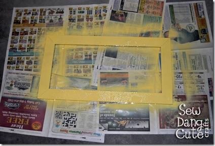 Spraypaint-frame-yellow